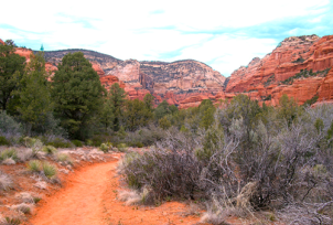 Sedona_Path_red-rock